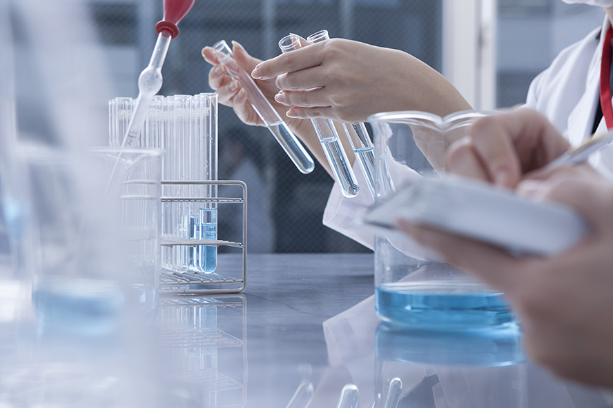 Efforts to use alternative methods to animal testing