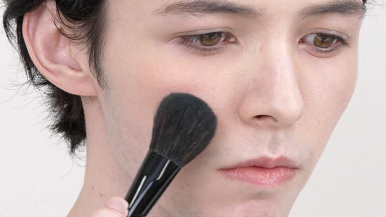 How to apply blush without ruining the foundation